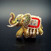 Украшения ручной работы. Ярмарка Мастеров - ручная работа Брошь Индийский Слон, талисман, вышивка золотом. Handmade.