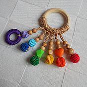 Куклы и игрушки ручной работы. Ярмарка Мастеров - ручная работа Развивающий грызунок Радуга. Handmade.