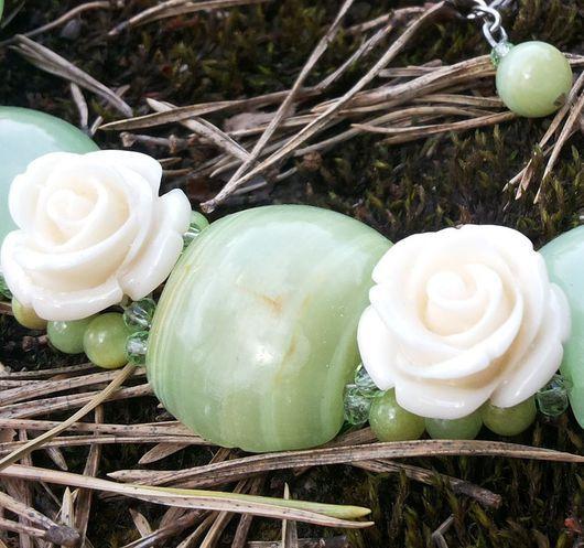 Комплекты украшений ручной работы. Ярмарка Мастеров - ручная работа. Купить Зеленый оникс и розы.. Handmade. Зеленый, белые розы