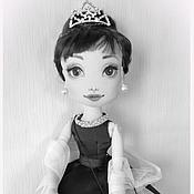 Куклы и игрушки ручной работы. Ярмарка Мастеров - ручная работа Одри с оленёнком. Audrey Hepburn. Handmade.