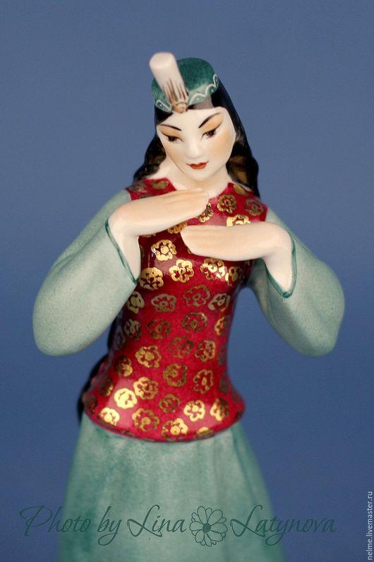 Статуэтки ручной работы. Ярмарка Мастеров - ручная работа. Купить Фарфоровая статуэтка Казахский танец. Handmade. Комбинированный, фарфор, пиалы