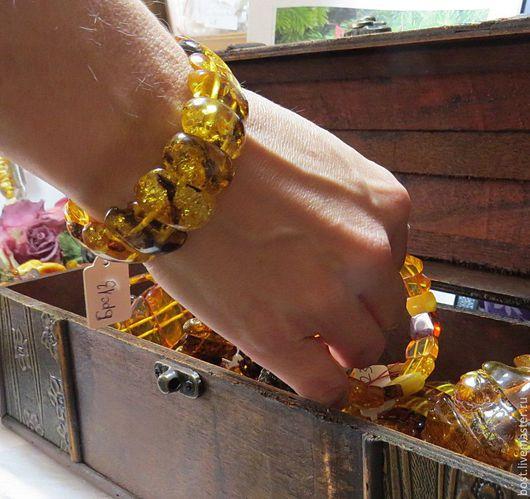 Браслеты ручной работы. Ярмарка Мастеров - ручная работа. Купить Браслет из природного красивого солнечного янтаряю. Handmade. Украшение