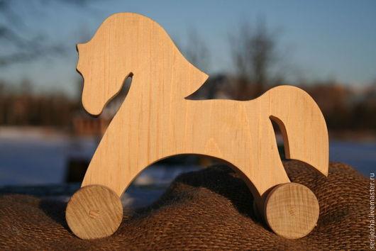 Лошадка-каталка деревянная игрушка ручной работы(большая)