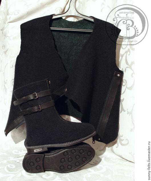 """Обувь ручной работы. Ярмарка Мастеров - ручная работа. Купить """"Гор"""" - валенки и жилет для мужчины. Handmade. Тёмно-синий, войлок"""