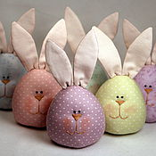 Подарки к праздникам ручной работы. Ярмарка Мастеров - ручная работа Пасхальные зайцы-яйца нежных цветов. Handmade.