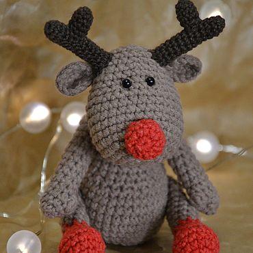 Куклы и игрушки ручной работы. Ярмарка Мастеров - ручная работа Вязаная крючком игрушка новогодний олень, амигуруми. Handmade.