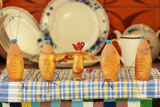 """Статуэтки ручной работы. Ярмарка Мастеров - ручная работа. Купить Композиция """"Тараканы в моей голове"""". Handmade. Оранжевый, тараканы, чаепитие"""