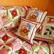 Для дома и интерьера ручной работы. Ярмарка Мастеров - ручная работа пэчворк подушки с аппликациями  НЕЖНОСТЬ  подушка декоративная. Handmade.