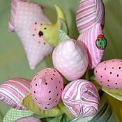 Цветы и флористика ручной работы. Ярмарка Мастеров - ручная работа Букет тюльпанов со скворечником. Handmade.