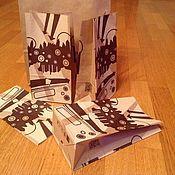 Пакеты ручной работы. Ярмарка Мастеров - ручная работа Пакеты: Крафт 24х12х8 см с принтом. Handmade.