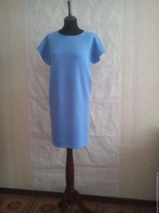 Платья ручной работы. Ярмарка Мастеров - ручная работа. Купить Платье-туника вязаное. Handmade. Голубой, лаконичность