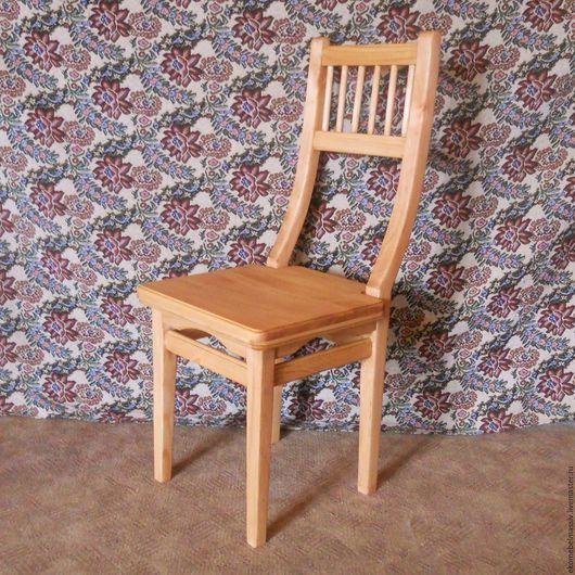 Деревянного стула ручной работы
