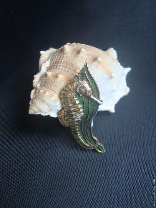 Винтажные украшения. Ярмарка Мастеров - ручная работа. Купить Винтажный металлический значок Морской конек. Handmade. Ретро стиль