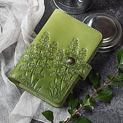 Канцелярские товары handmade. Livemaster - original item Leather cover for notebook / notebook Light olive. Handmade.