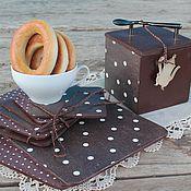 Для дома и интерьера ручной работы. Ярмарка Мастеров - ручная работа комплект коричневый шоколадный в горошек доски  подставки и короб. Handmade.