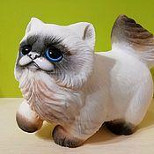 Для дома и интерьера handmade. Livemaster - original item The cat is made of natural Ural ornamental stones Anhydrite.. Handmade.
