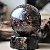 Фен-шуй и эзотерика handmade. Livemaster - original item Garnet ball on a stand. Handmade.
