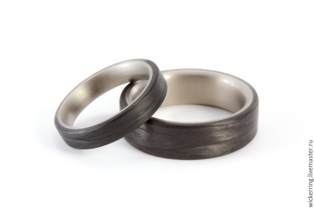34d2daa00697 Пара изысканных обручальных колец из карбона и титана – купить в ...