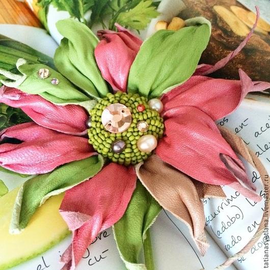 """Броши ручной работы. Ярмарка Мастеров - ручная работа. Купить Брошь """"Весна"""". Handmade. Розовый, брошь цветок, цветок из кожи"""