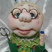 Куклы и игрушки ручной работы. Ярмарка Мастеров - ручная работа Шкатулка игольница.Бабушка. Handmade.