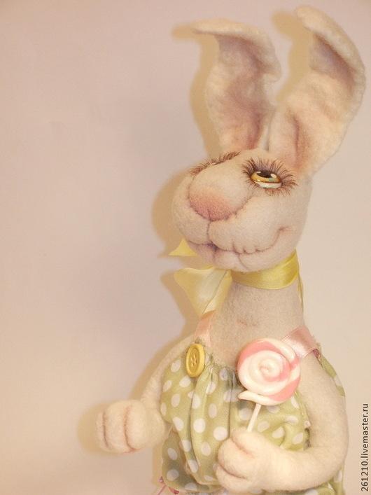 Игрушки животные, ручной работы. Ярмарка Мастеров - ручная работа. Купить Зайка Полина, авторская игрушка из шерсти-сердечный подарок. Handmade.