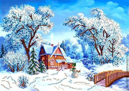 Домик в зимнем лесу.