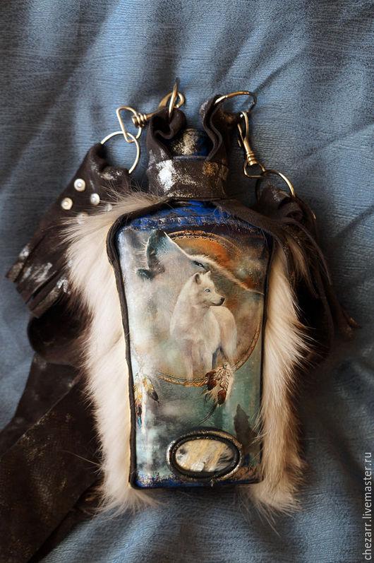 """Подарки для мужчин, ручной работы. Ярмарка Мастеров - ручная работа. Купить фляжка """"Лунный волк"""". Handmade. Черный, фляга, фляжки"""