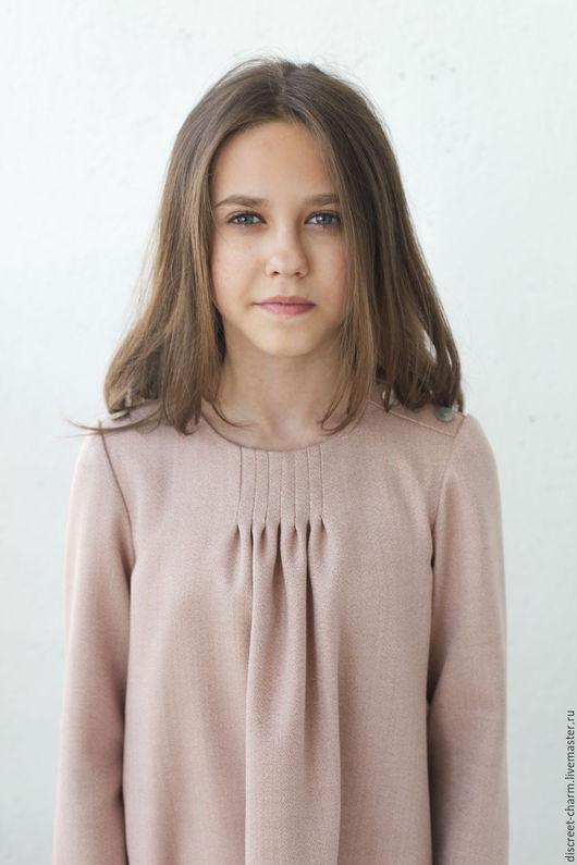 Одежда для девочек, ручной работы. Ярмарка Мастеров - ручная работа. Купить Детское платье из розовой шерсти, с защипами и пуговицами. Handmade.