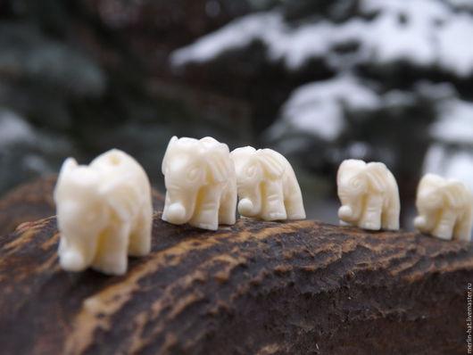 """Для украшений ручной работы. Ярмарка Мастеров - ручная работа. Купить Бусины из коралла """"Белый Слон"""". Handmade. Коралл, слоны"""