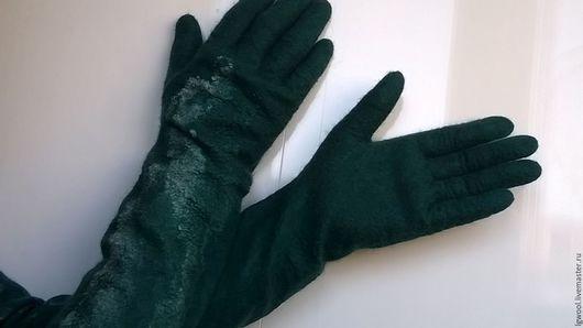 """Варежки, митенки, перчатки ручной работы. Ярмарка Мастеров - ручная работа. Купить Валяные длинные перчатки """"Изумруд"""". Handmade."""