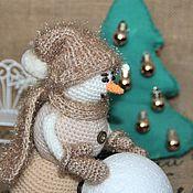 """Снеговики ручной работы. Ярмарка Мастеров - ручная работа Снеговик вязаный """"Кофе со сливками и корицей"""". Handmade."""