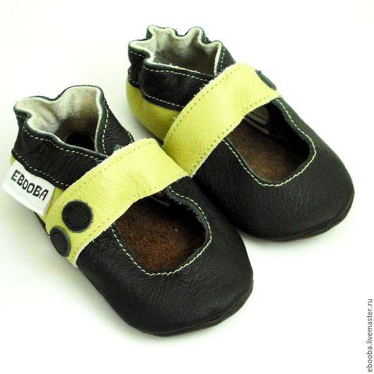 Кожаные чешки тапочки пинетки сандалики чёрные оливковые ebooba