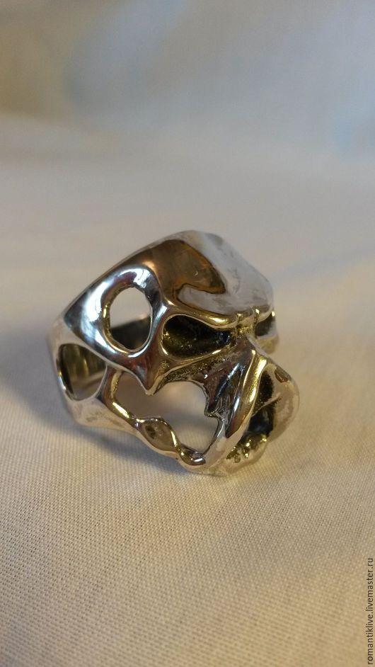 """Кольца ручной работы. Ярмарка Мастеров - ручная работа. Купить Кольцо """" Череп - Хищник """"  из серебра 925 пробы.. Handmade."""