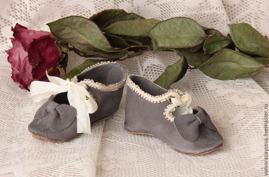 Одежда для кукол ручной работы. Ярмарка Мастеров - ручная работа. Купить Туфельки  для антикварной куклы. Handmade. Серый, обувь для куклы
