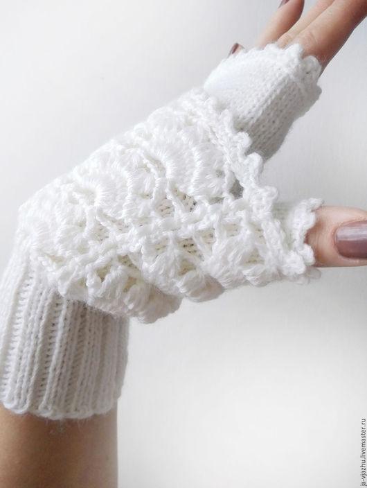 Варежки, митенки, перчатки ручной работы. Ярмарка Мастеров - ручная работа. Купить Митенки белые серые. Handmade. Белый, ажур