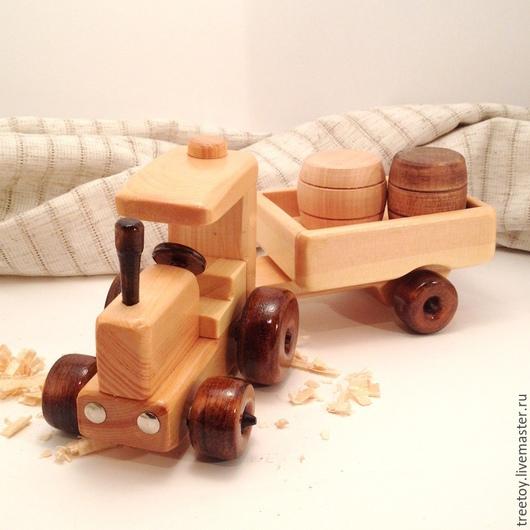 """Техника ручной работы. Ярмарка Мастеров - ручная работа. Купить Трактор """"Беларус"""" с прицепом. Handmade. Детская игрушка, деревянная машинка"""