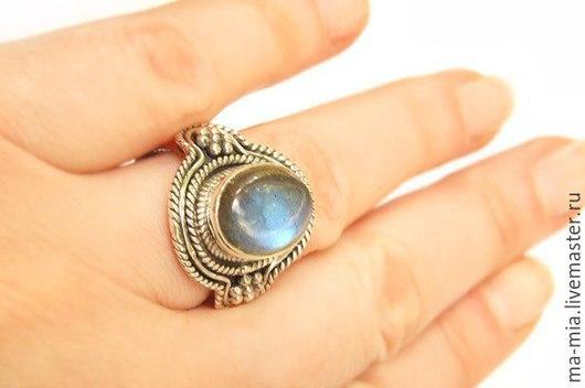 Кольца ручной работы. Ярмарка Мастеров - ручная работа. Купить кольцо Лабрадорит в серебре. Handmade. Разноцветный, кольцо с камнем