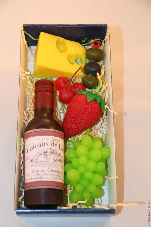 Мыло ручной работы. Ярмарка Мастеров - ручная работа. Купить набор красное вино с закуской. Handmade. Черный, вино мыло