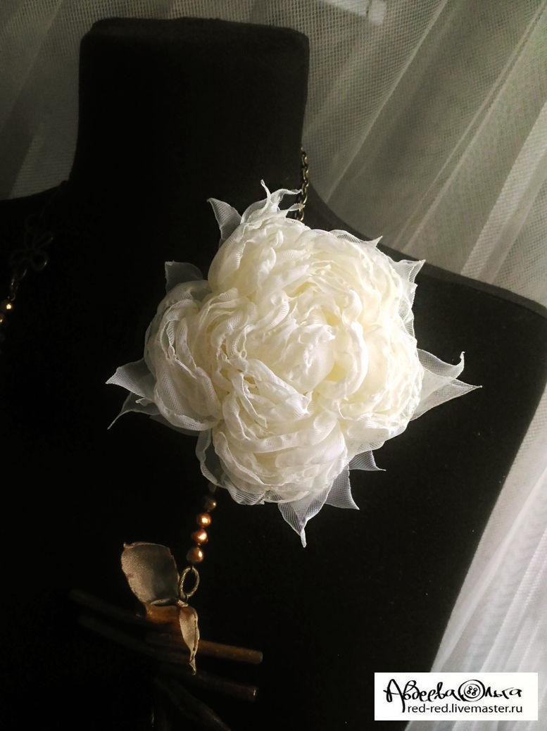 White fabric flowers brooch hairpin vanilla shop online on warm creamy shade of white fabric flower brooch barrette flower 10 mightylinksfo