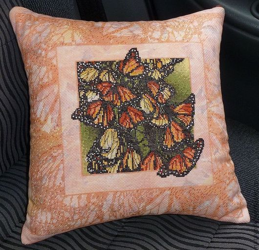 Текстиль, ковры ручной работы. Ярмарка Мастеров - ручная работа. Купить Вышивка Декоративная подушка Крылья бабочек. Handmade. Рыжий