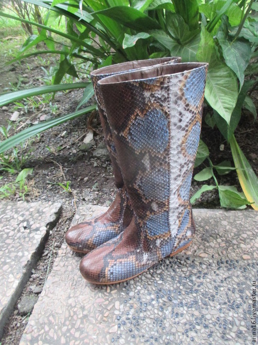 Обувь ручной работы. Ярмарка Мастеров - ручная работа. Купить сапоги женские из питона. Handmade. Разноцветный, сапоги женские