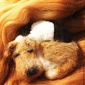Куклы и игрушки ручной работы. Ярмарка Мастеров - ручная работа Брошка (магнит) собачка Фокс. Handmade.