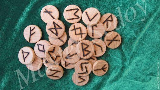 Гадания ручной работы. Ярмарка Мастеров - ручная работа. Купить Руны скандинавские. Handmade. Руны, Дерево натуральное