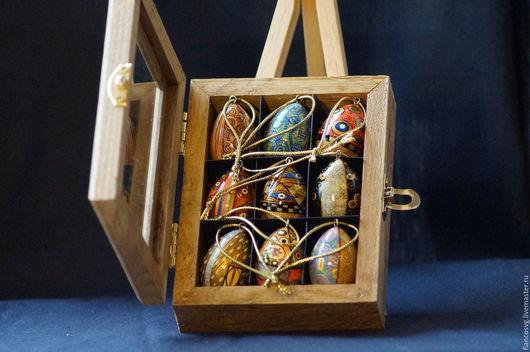 Set of 9 Klimt styled hand painted eggs. (available). Набор из 9 вручную расписанных яиц в стиле Климт в деревянной коробочке. Есть также другие наборы.