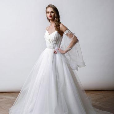 Свадебный салон ручной работы. Ярмарка Мастеров - ручная работа Фатиновое свадебное платье Iris. Handmade.