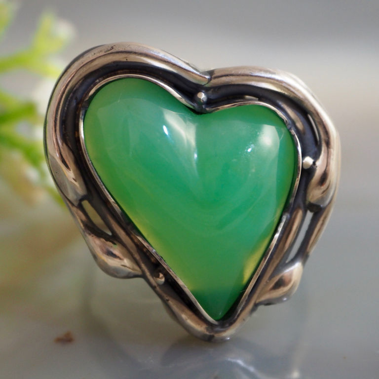 """Кольца ручной работы. Ярмарка Мастеров - ручная работа. Купить Кольцо  """"Сердце Весны""""- хризопал, серебро 925. Handmade."""