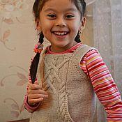 Работы для детей, ручной работы. Ярмарка Мастеров - ручная работа Жилет с кармашком. Handmade.