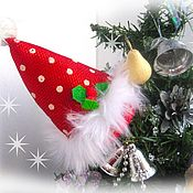 Украшения handmade. Livemaster - original item CLIPS: Christmas cap on the occasion. Handmade.