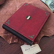 Фотоальбомы ручной работы. Ярмарка Мастеров - ручная работа Большой кожаный фотоальбом «Королевский бордо» 30х35 см. Handmade.