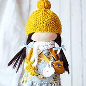 """Куклы и игрушки ручной работы. Ярмарка Мастеров - ручная работа Текстильная интерьерная кукла """"Малышка в горчичном костюме"""". Handmade."""